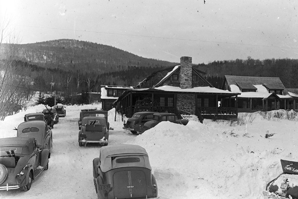 seesaws 1940s winter exterior